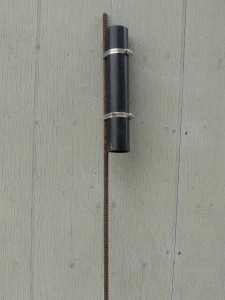 ... a cheap & easy DIY rod holder for bar fishing chinook salmon