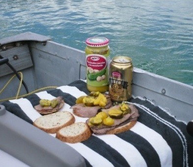A Wonderful Whitetail Lake Fishing Vacation - lunch time!