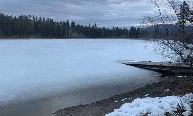 Sawmill lake (Burnell) - Almost Ice Off